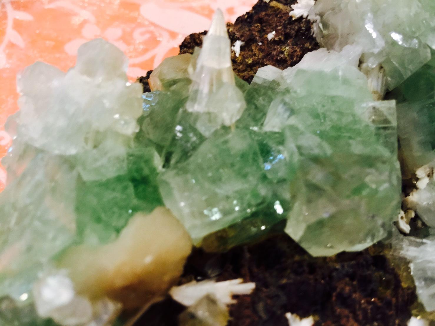 グリーンアポフィライト,原石,パワーストーン